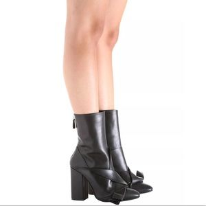 No. 21 Leather Bow Boots in Nero Size 39.5